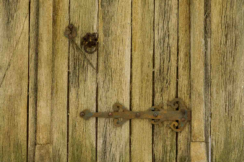 Puerta de madera ransen puerta de madera antigua for Puertas originales madera