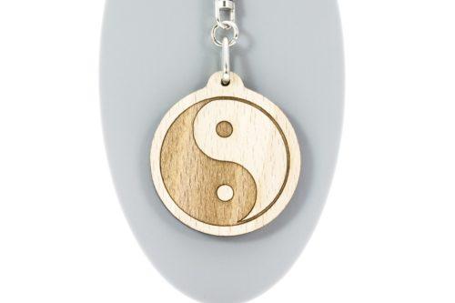 llavero-yin-yang-madera-haya